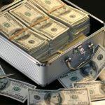 Konto oszczędnościowe czy lokata – poradnik
