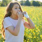 Co robić, gdy łzawią oczy podczas kwitnienia roślin?