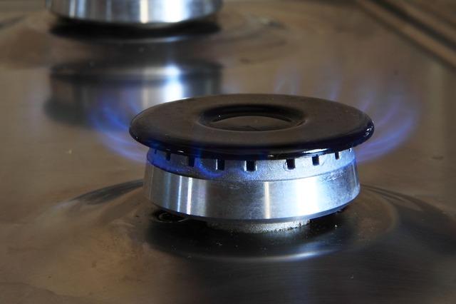 Jakie czynności powinny być wykonane podczas przeglądu instalacji gazowej?